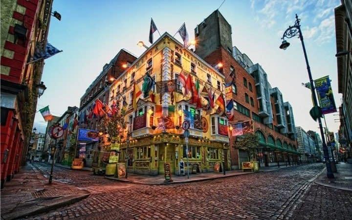 Dublin surprise destination Wish&Fly. Surprise Trip.