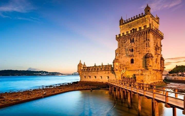 Lisbon surprise destination Wish&Fly. Surprise Trip.